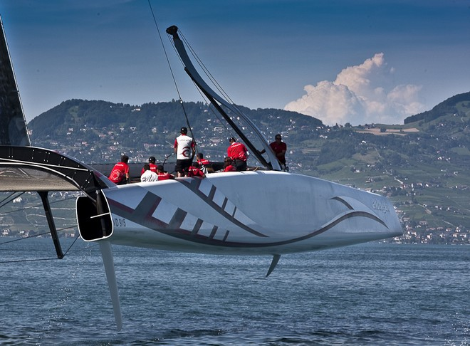 Quickly running out of space at 40kn on Lake Geneva...
